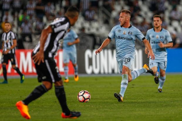 """Luciano Périco: """"Gremista Arthur é um cheque em branco"""" Lucas Uebel / Grêmio/Grêmio"""