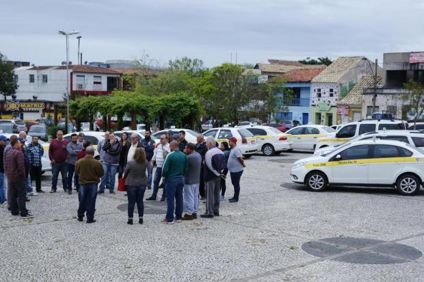 Motoristas lançam Táxi Solidário como alternativa para driblar a crise Robinson Estrásulas/Agencia RBS
