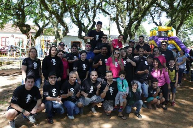Apaixonados por carros promovem festa para crianças na Zona Sul de Porto Alegre Tadeu Vilani/Agencia RBS