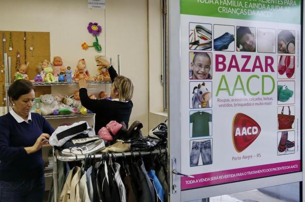Bazar da AACD vende produtos para custear tratamentos Mateus Bruxel/Agencia RBS