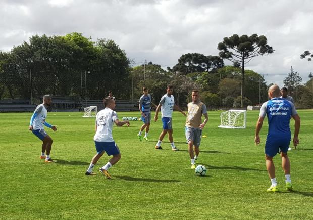 Com Luan, Grêmio faz último treino antes de decisão contra o Corinthians Márcio Neves/Grêmio, Divulgação/