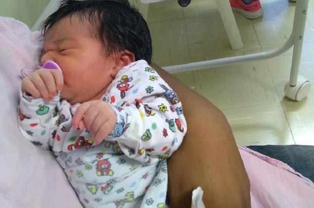 Bebê perdeu a mãe no parto e precisa de doações de leite em Porto Alegre Arquivo Pessoal / Leitor/DG/Leitor/DG