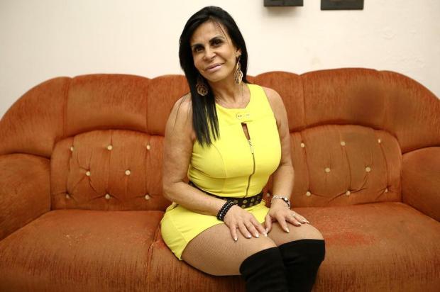 """""""O bumbum caiu, mas o cachê subiu"""": Gretchen se revolta com capa de revista Carlos Macedo/Agencia RBS"""