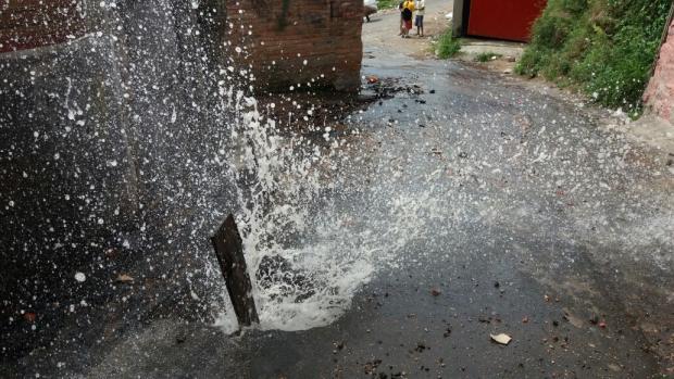 Constante falta de água na zona sul de Porto Alegre atrapalha vida de moradores Leitor DG / Arquivo Pessoal/Arquivo Pessoal