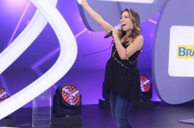 """Grávida de seis meses, Patrícia Abravanel leva tombo no palco do """"Teleton"""" Instagram/Reprodução"""