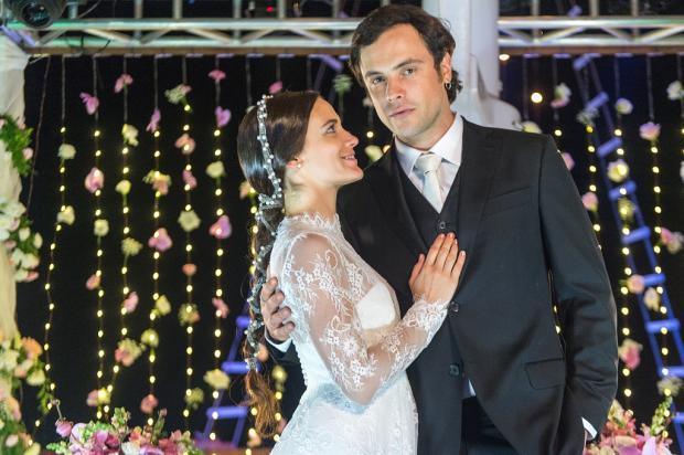 Sergio Guizé e Bianca Bin estão namorando, diz jornal Raquel Cunha / TV Globo/TV Globo