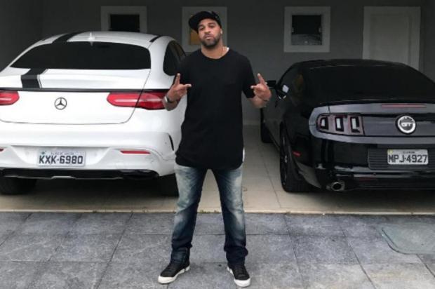 """Gustavo Manhago: """"Adriano não combina com o Grêmio"""" Reprodução/Instagram"""