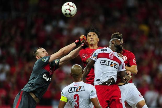 """Zé Victor Castiel: """"O time precisa ter o tamanho de sua camisa"""" André Ávila/Agencia RBS"""