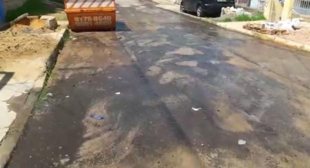 Moradores reclamam de mais vazamentos de água potável em Porto Alegre Arquivo Pessoal / Leitor/DG/Leitor/DG