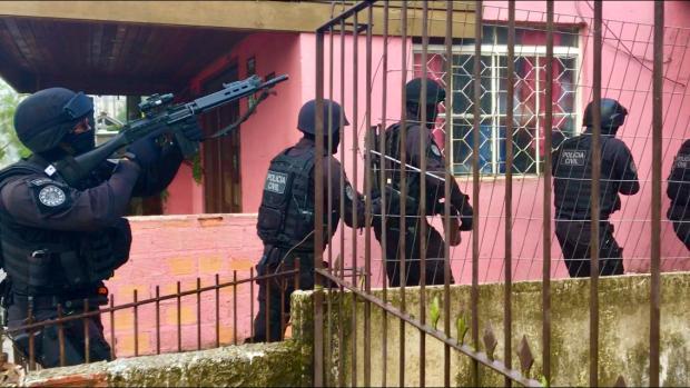 """Operação mira quadrilha de presidiários que usava """"casal de namorados"""" em roubo de carros  Cid Martins / Agência RBS/Agência RBS"""