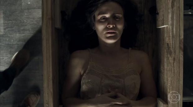 """""""O Outro Lado do Paraíso"""": Fuga de Clara deixa o público sem fôlego com cenas eletrizantes TV Globo / Reprodução/Reprodução"""