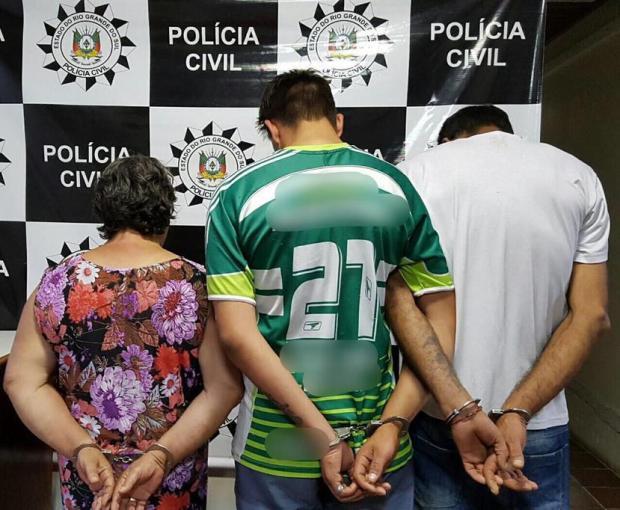 Mulher e dois filhos são presos por tráfico de drogas em Charqueadas Policia Civil/Divulgação