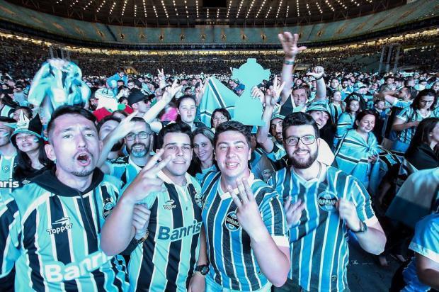 """Cacalo: """"Comemora, torcedor gremista"""" RODRIGO RODRIGUES/Grêmio/Divulgação"""