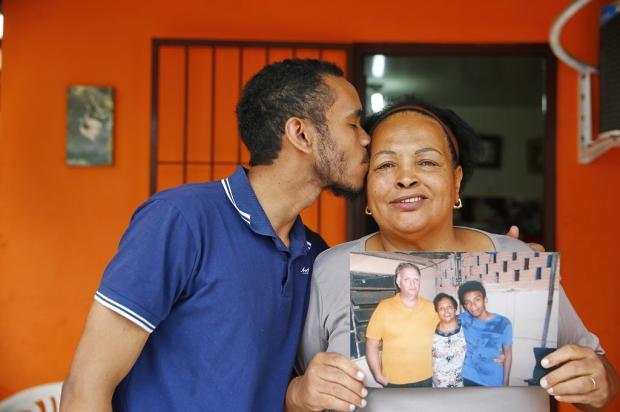 Esposa faz homenagem ao falecido marido que ela conheceu por meio dos Corações Solitários do Diário Gaúcho Félix Zucco / Agência RBS/Agência RBS