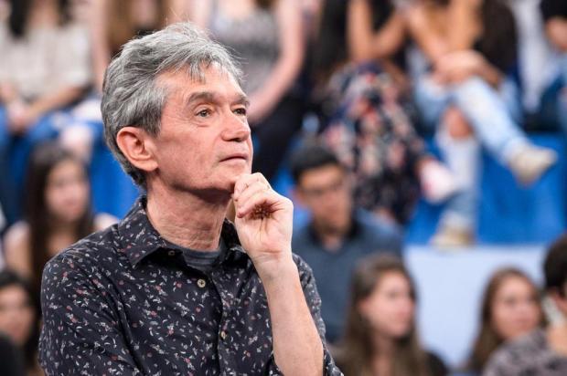 """No """"Altas Horas"""", rapaz revela que tem sonhos eróticos com Serginho Groisman Ramón Vasconcelos/TV Globo/Divulgação"""