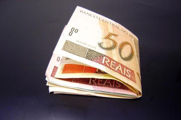Segunda parcela do 13º: saiba quais os descontos e como aproveitar melhor o dinheiro Divulgação/Divulgação