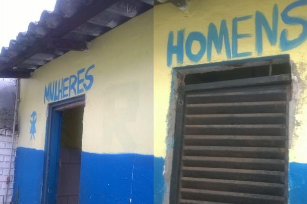 Descaso da prefeitura deixa banheiro público sem manutenção há cinco meses em Sapucaia do Sul Arquivo Pessoal / Leitor/DG/Leitor/DG