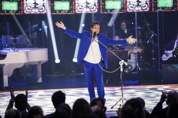 """Roberto Carlos interpreta """"Despacito"""" no especial de fim de ano da Globo João Miguel Júnior/TV Globo/Divulgação"""