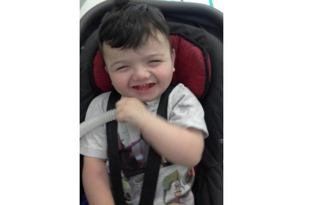 Família consegue na Justiça fisioterapia para o filho de dois anos em Alvorada Arquivo Pessoal / Leitor/DG/Leitor/DG