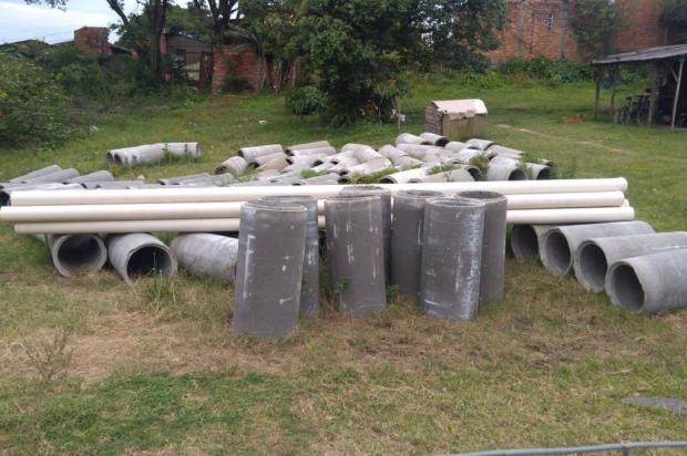 Moradores compram canos para rede pluvial, mas prefeitura de Alvorada não começa as obras Arquivo Pessoal / Leitor/DG/Leitor/DG