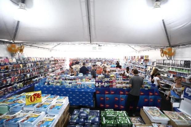 Cinco dicas para economizar na compra do material escolar Carlos Macedo/Agencia RBS