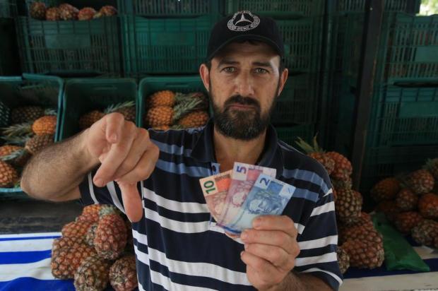 Reajuste do salário mínimo: o que dá para comprar com R$ 17? André Ávila/Agencia RBS