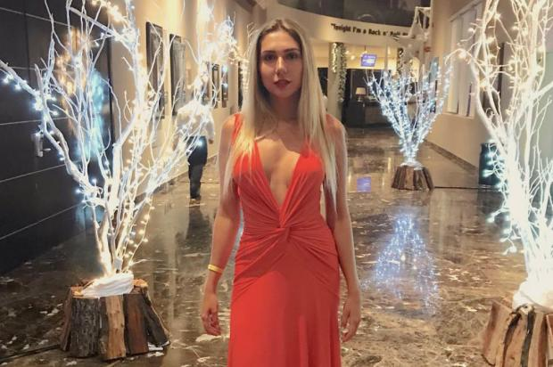 Carol Portaluppi ousa no visual de Réveillon e curte férias em Cancún Reprodução / Instagram/Instagram