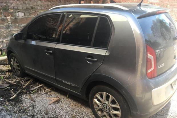 Polícia encontra carro usado para transportar corpo de homem esquartejado após cobrar dívida de amigo Divulgação/Polícia Civil