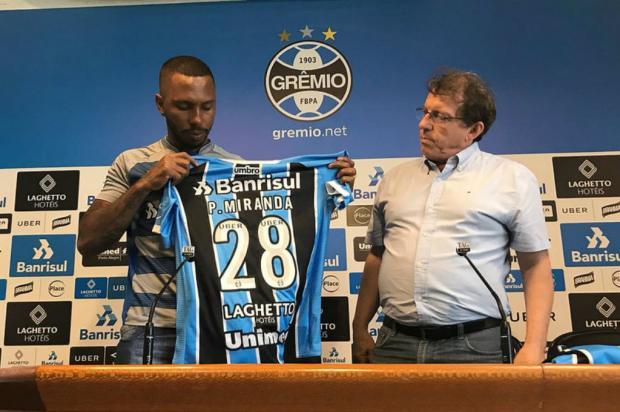"""Cacalo: """"Perda irreparável"""" Lucas Uebel / Grêmio, Divulgação/Grêmio, Divulgação"""
