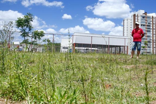 Falta de capina por parte da prefeitura impede continuidade de projeto social em Porto Alegre Robinson Estrasulas / Agência RBS/Agência RBS
