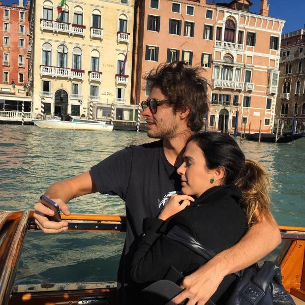 Tatá Werneck revela que foi pedida em casamento por Rafael Vitti Instagram / Reprodução/Reprodução
