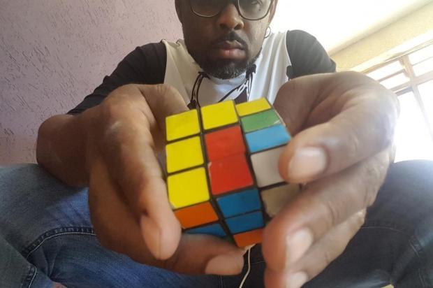 Manoel Soares: as semelhanças entre o cubo mágico e a vida divulgação/divulgação