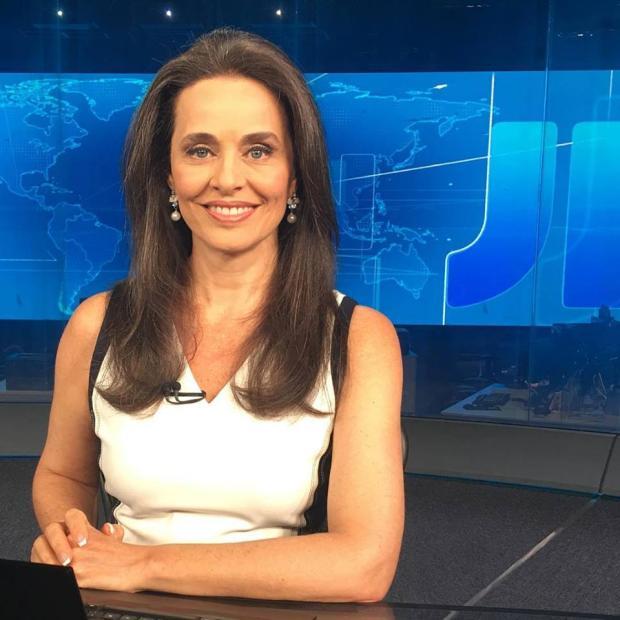 Carla Vilhena pede demissão da Globo após 34 anos Reprodução / Facebook/Facebook