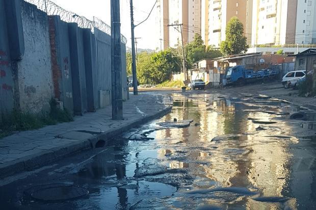 Buraqueira em avenida do bairro Bom Jesus incomoda moradores em Porto Alegre Arquivo Pessoal / Leitor/DG/Leitor/DG