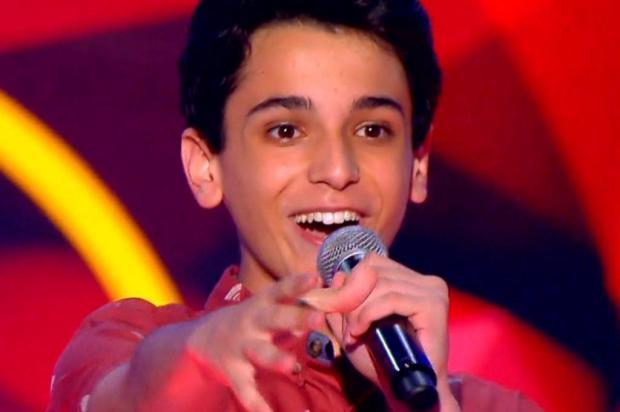 """""""The Voice Kids"""": aos 15 anos, Guilherme se considera um """"romântico anônimo"""" Twitter/Reprodução"""