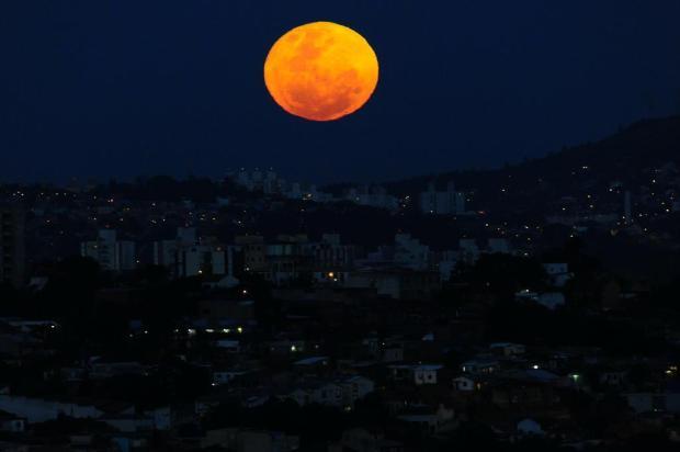Quarta-feira terá Superlua, Lua Azul e Lua de Sangue Carlos Macedo/Agencia RBS