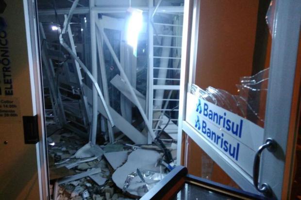 Três ataques a bancos são registrados na madrugada desta quarta-feira no RS Fernando Coelho/Rádio comunitária de Lindolfo Collor
