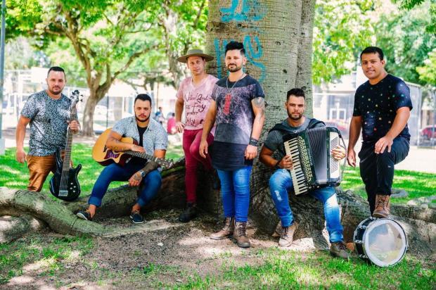 Conheça o grupo de Porto Alegre que aposta no maxixe para fazer sucesso Omar Freitas/Agencia RBS