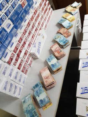 Três suspeitos são presos com mais de 800 mil maços de cigarro em Canoas Policia Civil/Divulgação