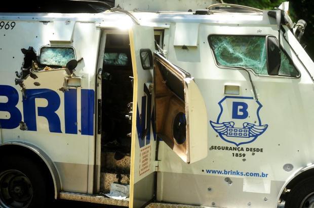 Polícia recupera R$ 828 mil que foram levados de carro-forte na Serra Diogo Sallaberry/Agencia RBS
