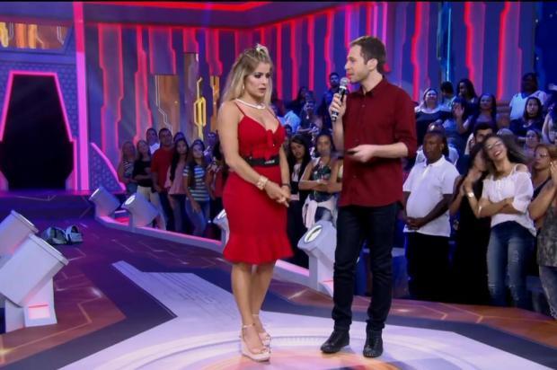 """Tiago Leifert desmente Jaqueline ao vivo: """"A gente viu o vídeo"""" Gshow/Reprodução"""