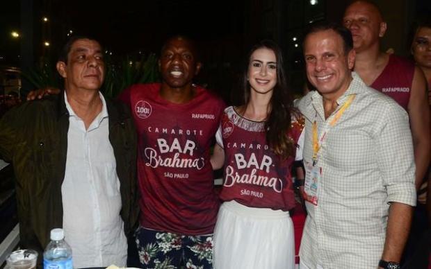 Reação de Zeca Pagodinho ao encontrar Doria no Carnaval vira meme Eduardo Martins / AGNEWS/AGNEWS
