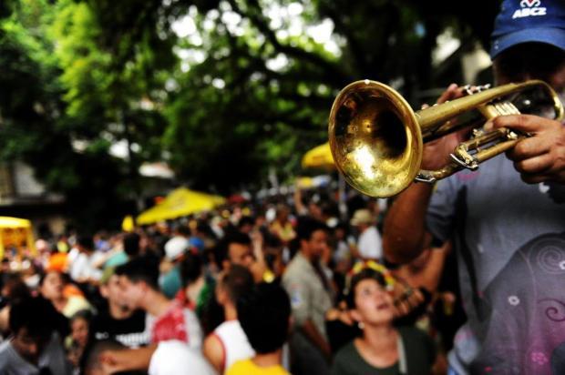 Saiba horários e locais do Carnaval de rua desta terça-feira em Porto Alegre Marcelo Oliveira/Agencia RBS