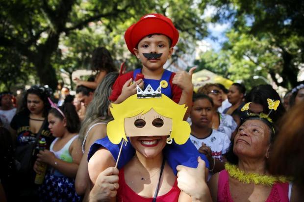 Bloco infantil tem Super Mario, fadas e gerações reunidas na Cidade Baixa Anselmo Cunha/Especial