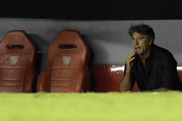 """Cacalo: """"Apesar de tudo, foi um bom resultado do Grêmio"""" Juan MABROMATA/AFP"""