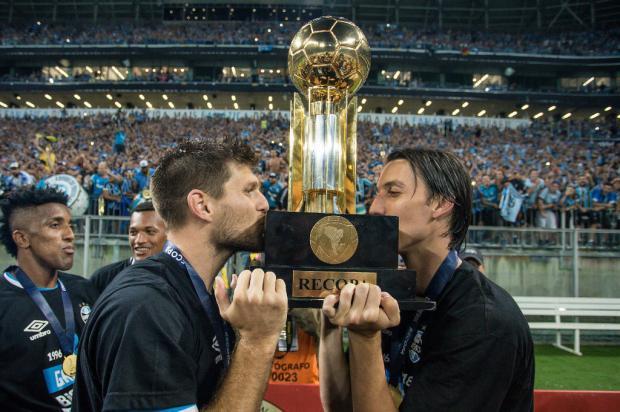 Geromel e Kannemann, a dupla que impulsiona a busca do Grêmio pelo tetra da Libertadores Lucas Uebel / Grêmio, Divulgação/Grêmio, Divulgação