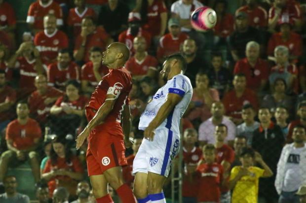 Em jogo fraco e com raros lances de gol, Cruzeiro e Inter empatam em 0 a 0 em Gravataí Jefferson Botega/Agencia RBS