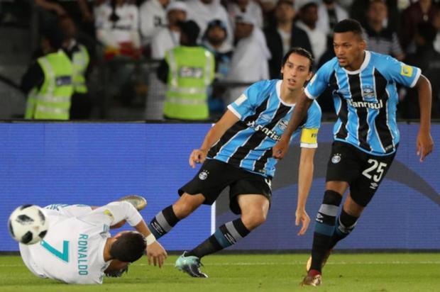 """Luciano Périco: """"Foi feita a justiça com Geromel"""" Karim Sahib/AFP"""