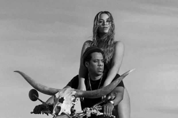 VÍDEO: homem invade palco durante show de Beyoncé e Jay-Z Reprodução/Reprodução