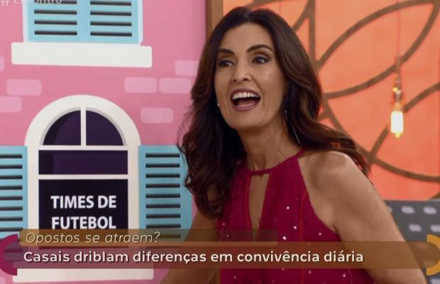 """Alvo de indiretas, Fátima Bernardes fica sem graça em papo sobre relacionamento no """"Encontro"""" Reprodução / Globo/Globo"""